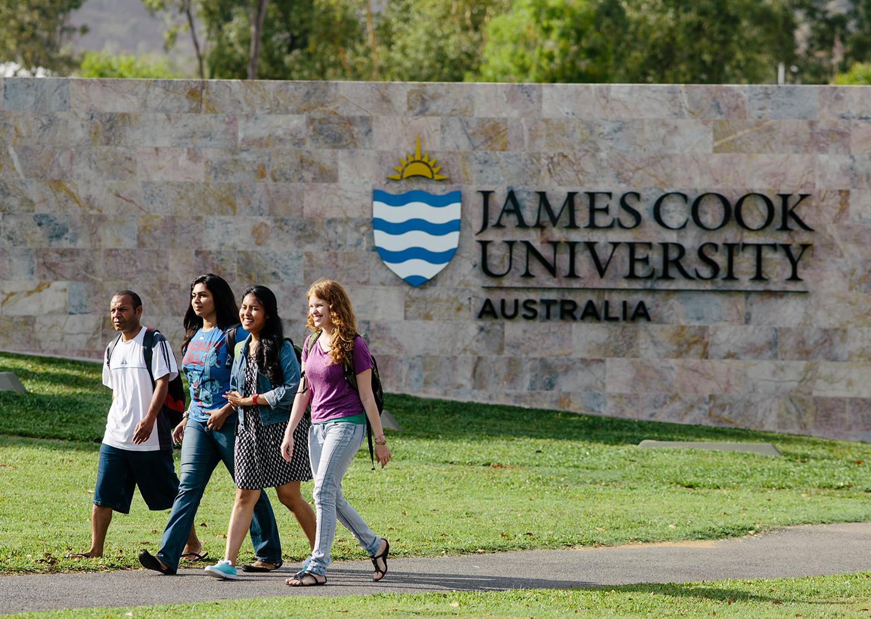 International Research Training Program Scholarship at James Cook University, Australia